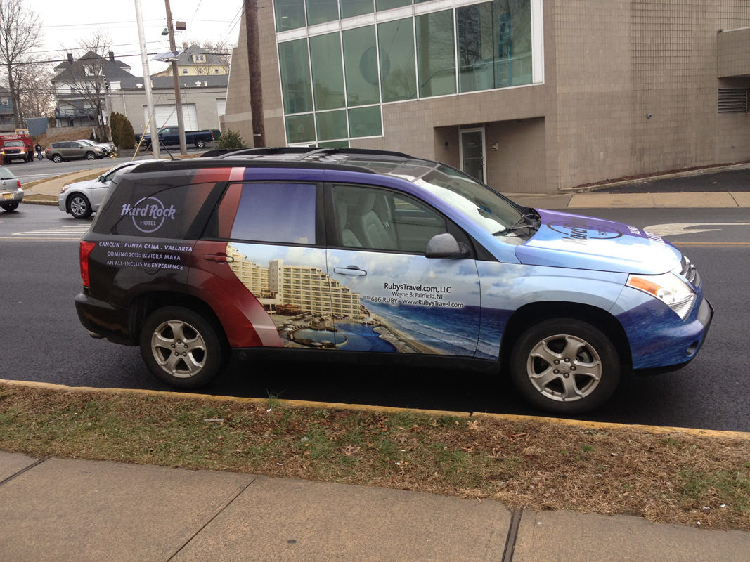hard rock cafe car wrap – sgi graphics installation & graphics